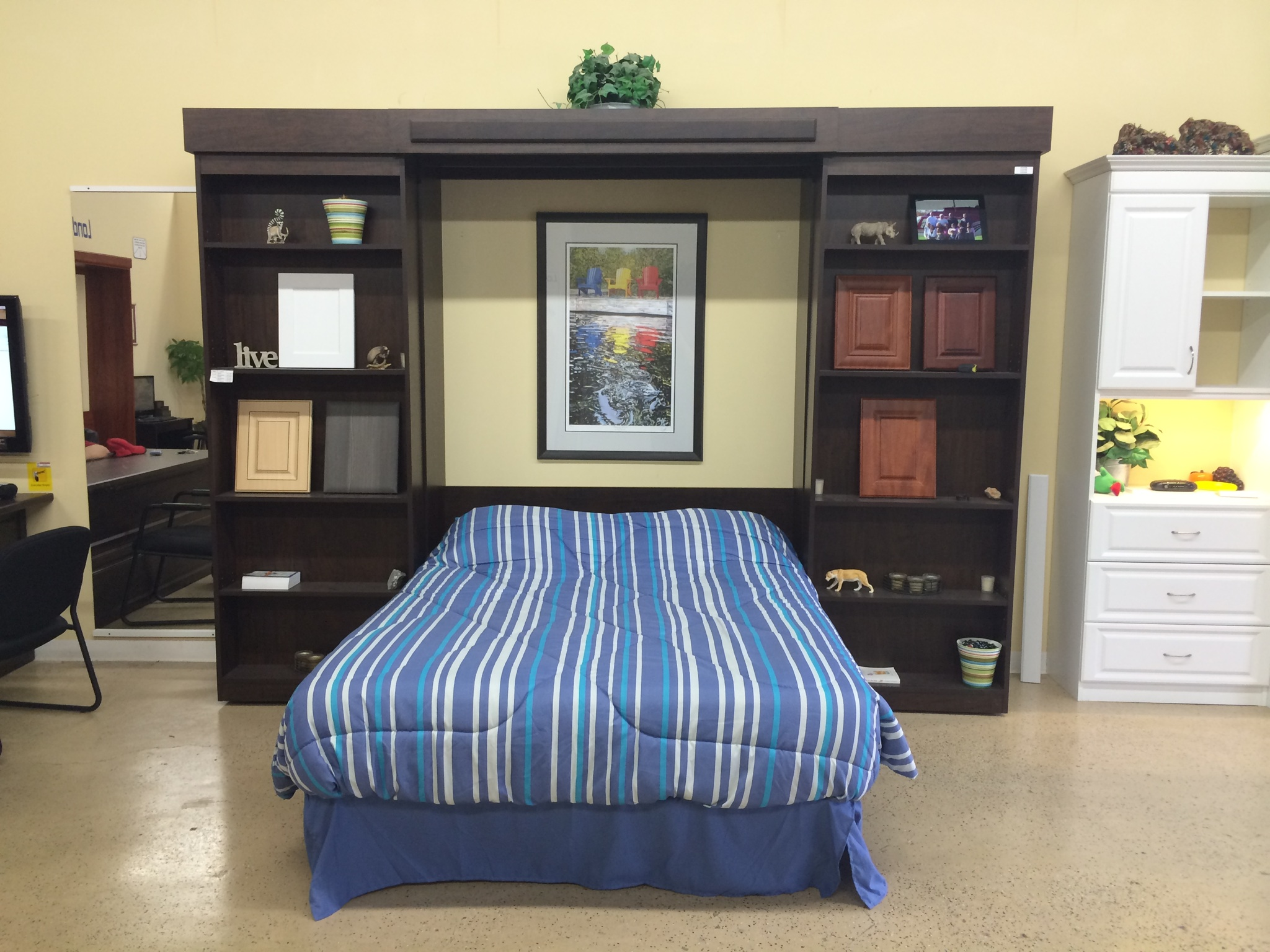 Wall beds toronto area single hardrock maple murphy bed for Murphy bed melbourne